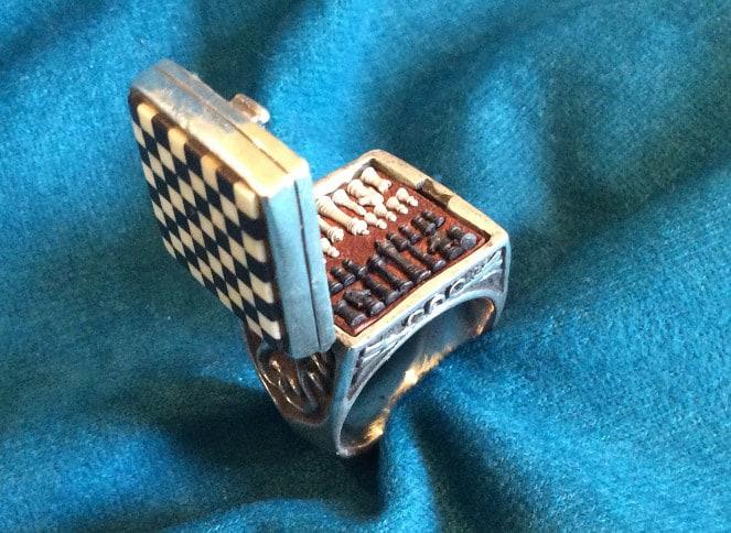 steampunktendencies-ChessSet-Ring4.jpg