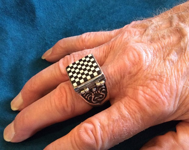 steampunktendencies-ChessSet-Ring5.jpg