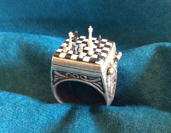 steampunktendencies-ChessSet-Ring7.jpg